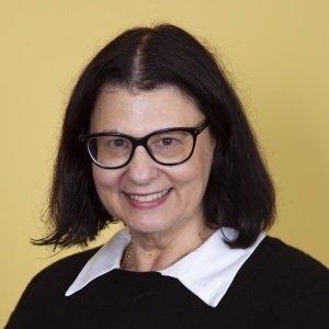 Professor Lia Bryant