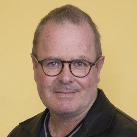 Dr David Macarthur